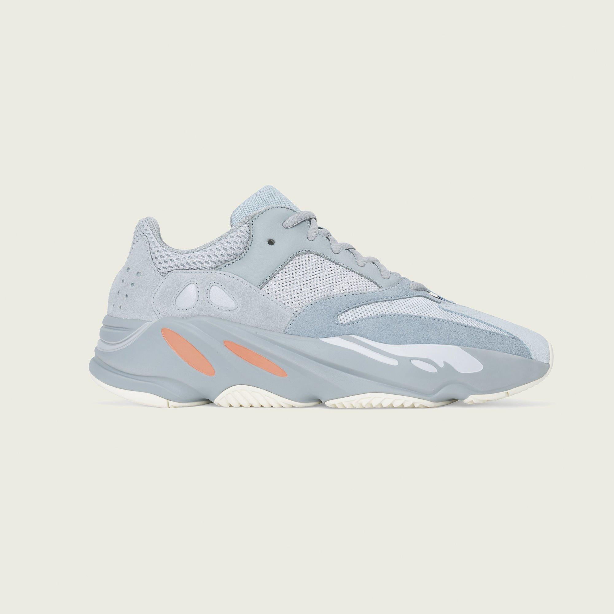 Adidas Yeezy Boost 700 EG7597
