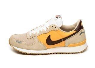 Nike Air Vortex (Desert Ore / El Dorado - University Gold)