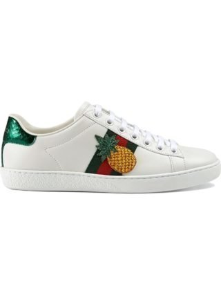 Gucci Ace embroidered low-top sneaker (wit)