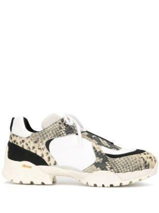 1017 ALYX 9SM Sneakers met slangenprint (wit)
