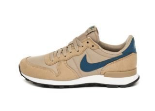 Nike Wmns Internationalist (Parachute Beige / Blue Force - Summit Whit