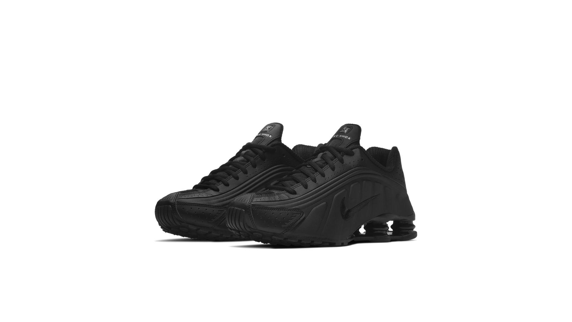 Nike Shox R4 'Black' (104265-044)