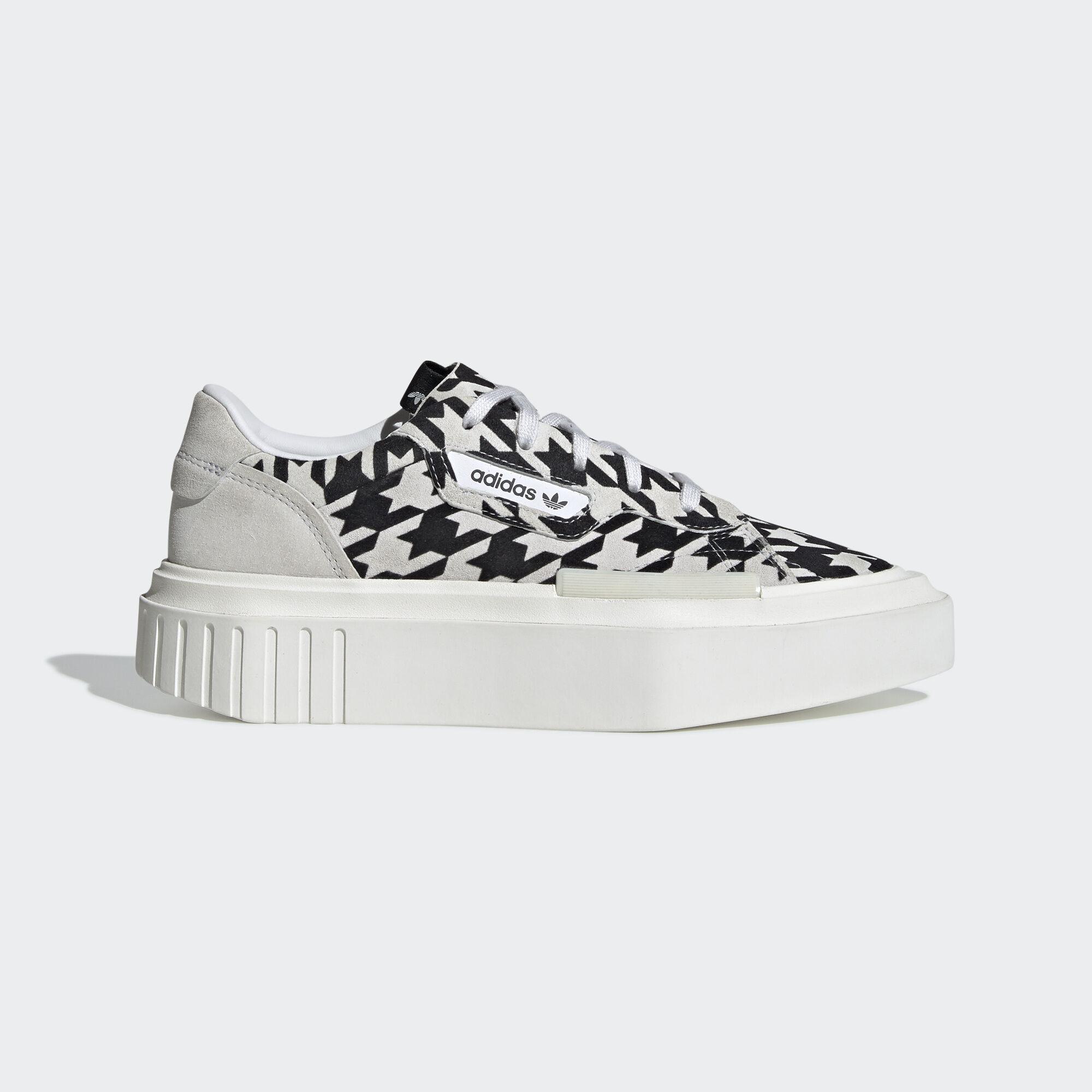 adidas Originals | W HYPERSLEEK Crystal White | Concrete