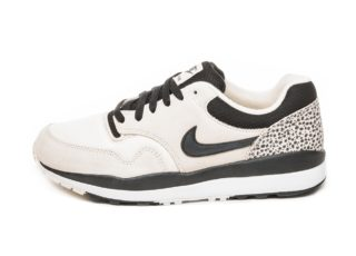 Nike Air Safari (Light Cream / Black - White)