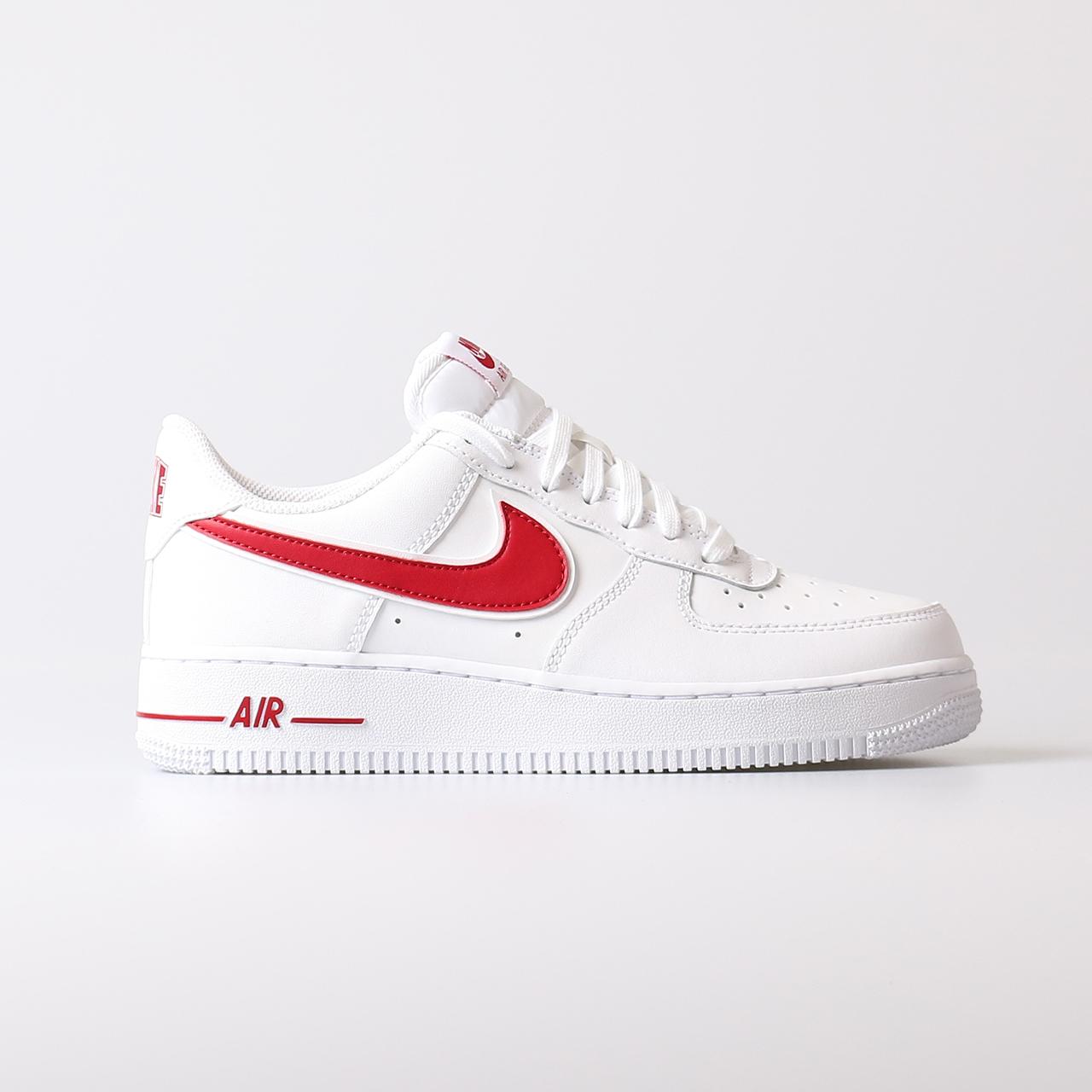 5f252cff475 Nike NIKE Air Force 1 '07 3 Sneakers Heren (Wit-Rood) | | Nike