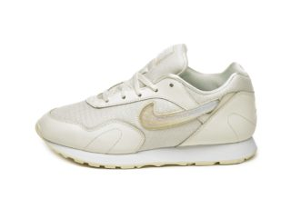 Nike Wmns Outburst PRM *Jelly Puff* (Pale Ivory / Guava Ice - Summit W