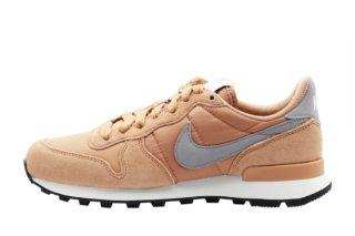 Nike Internationalist Wmns (beige/paars/zwart/wit)