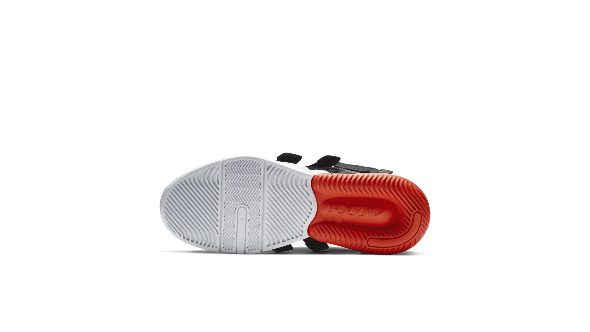 Nike Air Edge 270 NY vs NY Pack (CJ5846-800)