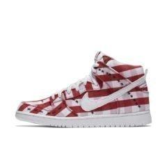 Nike SB Dunk 305050-610