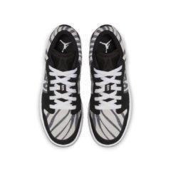 Air Jordan 1 Low 553560-057