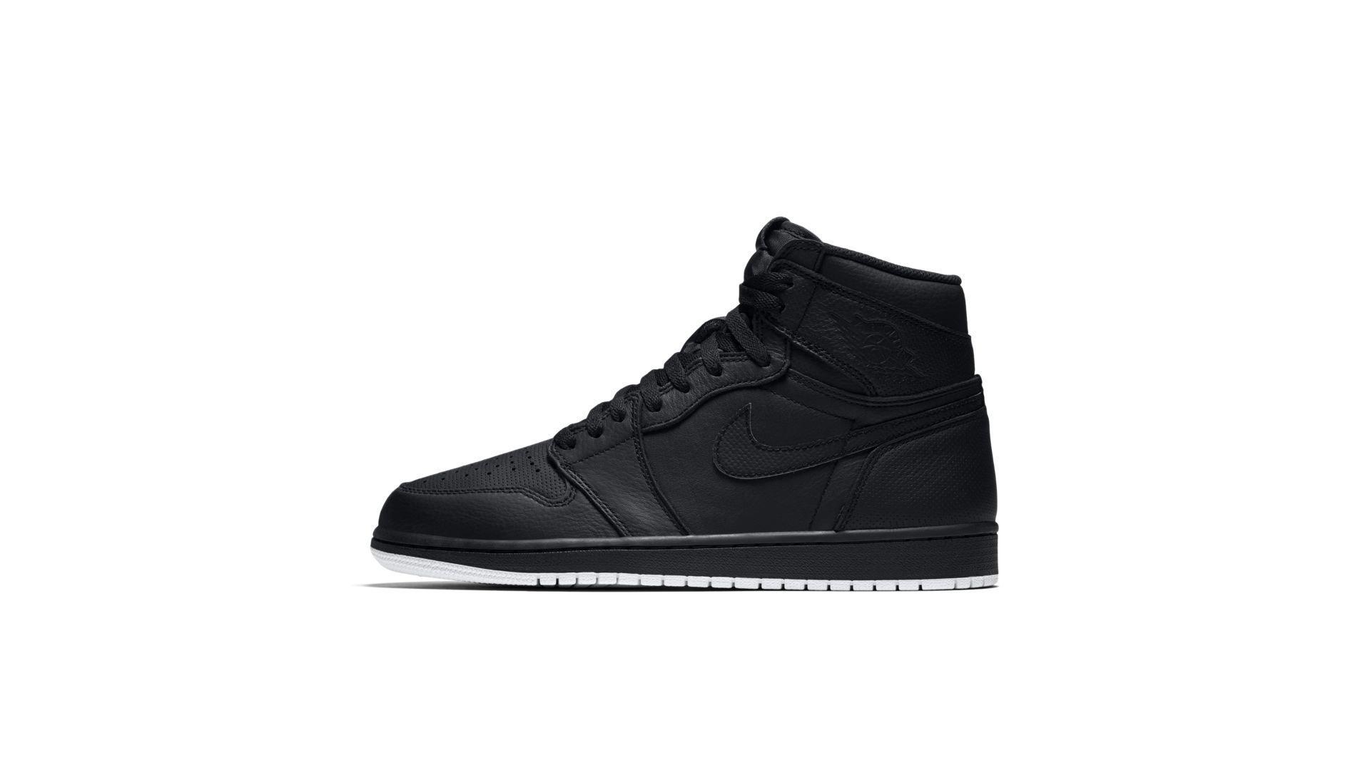 Jordan 1 Retro Black Perforated (555088-002)