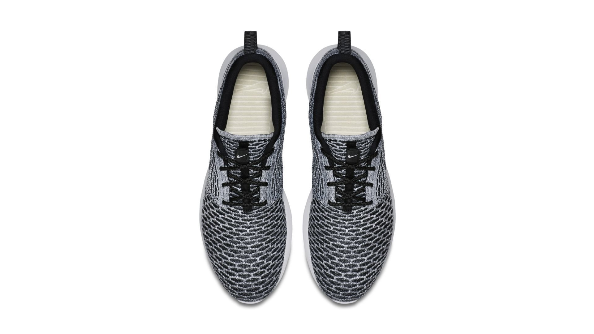 Nike Roshe Run Flyknit Black White (677243-008)