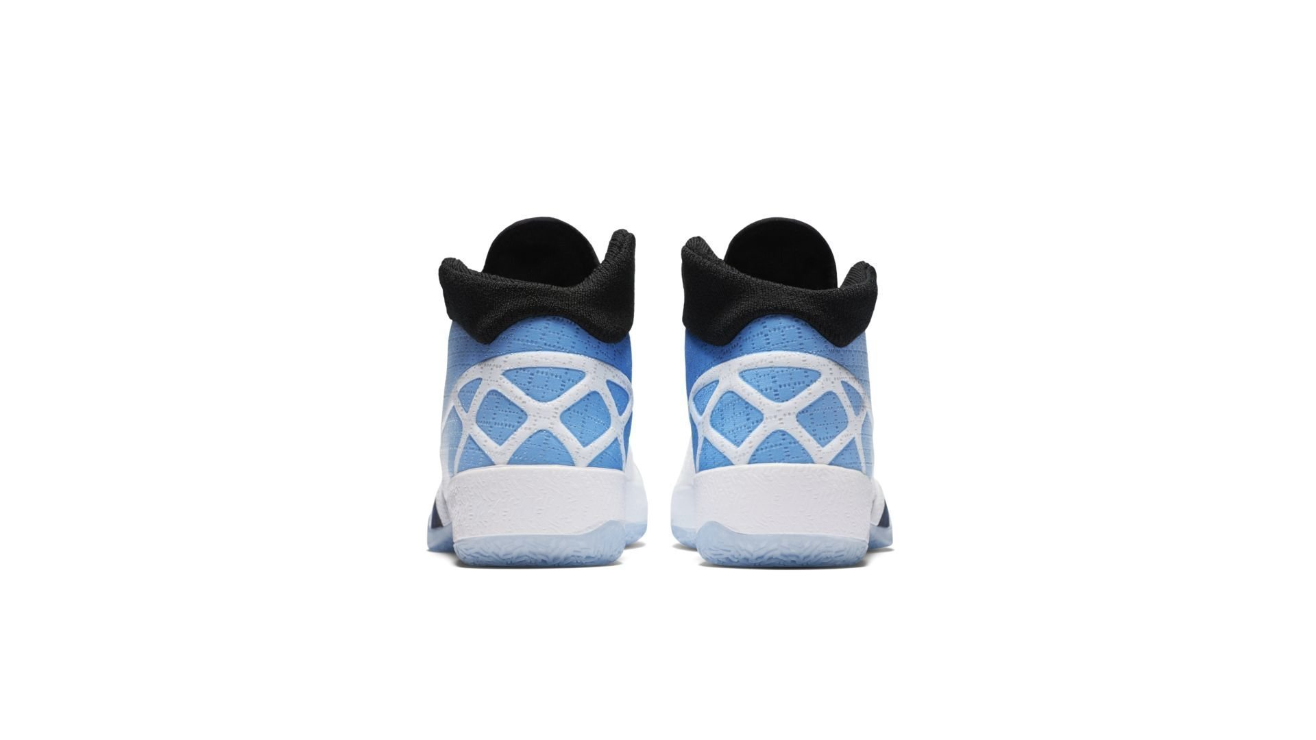 Jordan XXX UNC (811006-107)