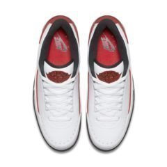 Air Jordan 2 832819-101