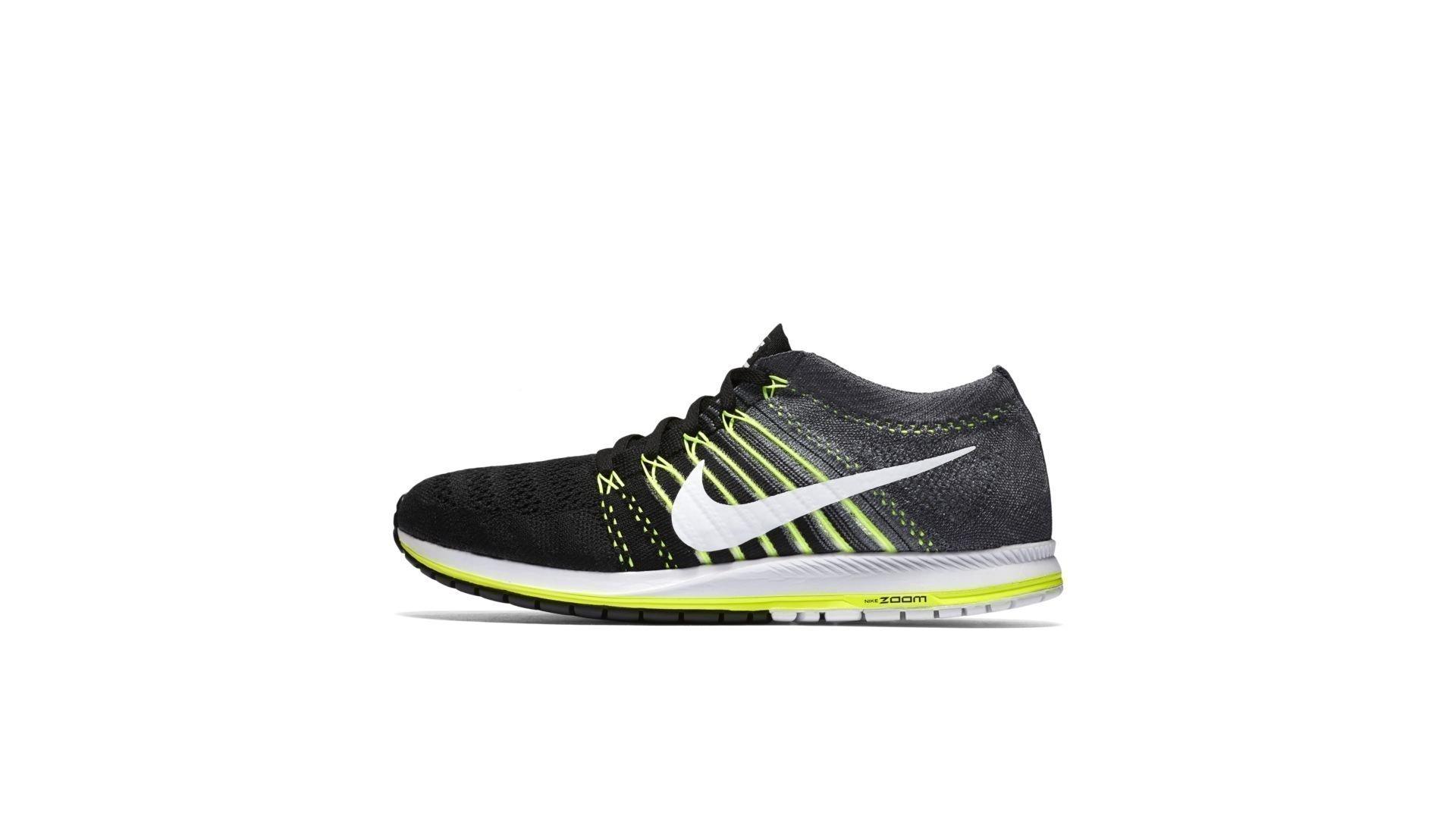 Nike Flyknit Streak Black Volt (835994-001)