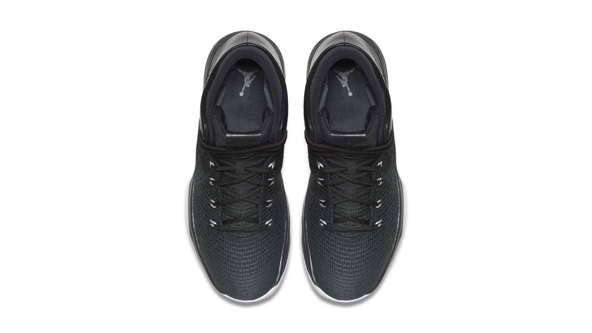 Jordan XXX1 Black Cat (845037-010)