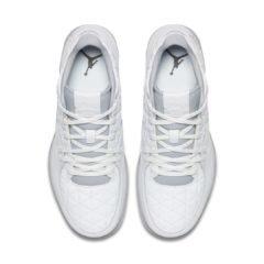 Sneaker 845043-104