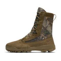 Sneaker 845168-990