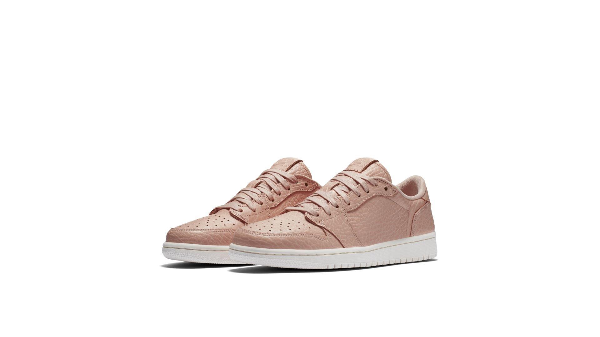 Jordan 1 Retro Low Swooshless Pink (848775-805)