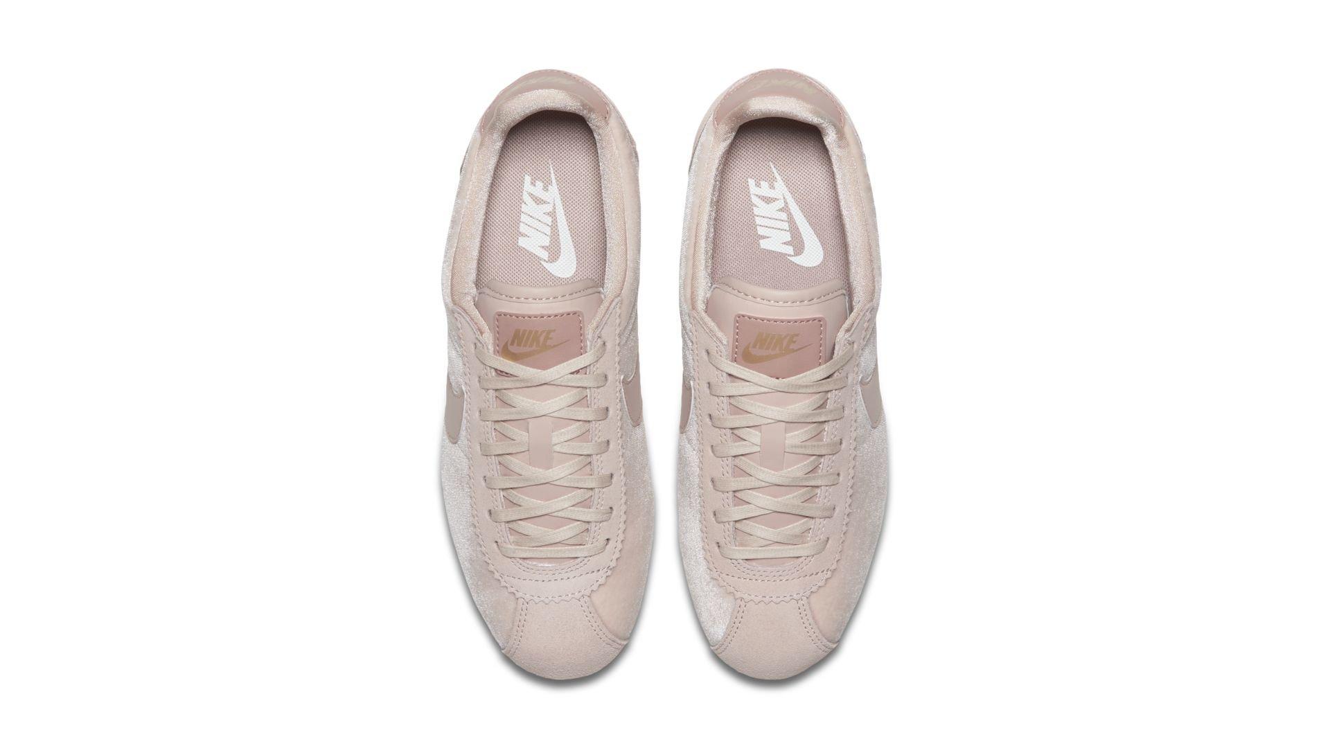 Nike Classic Cortez Particle Beige (W) (902856-202)