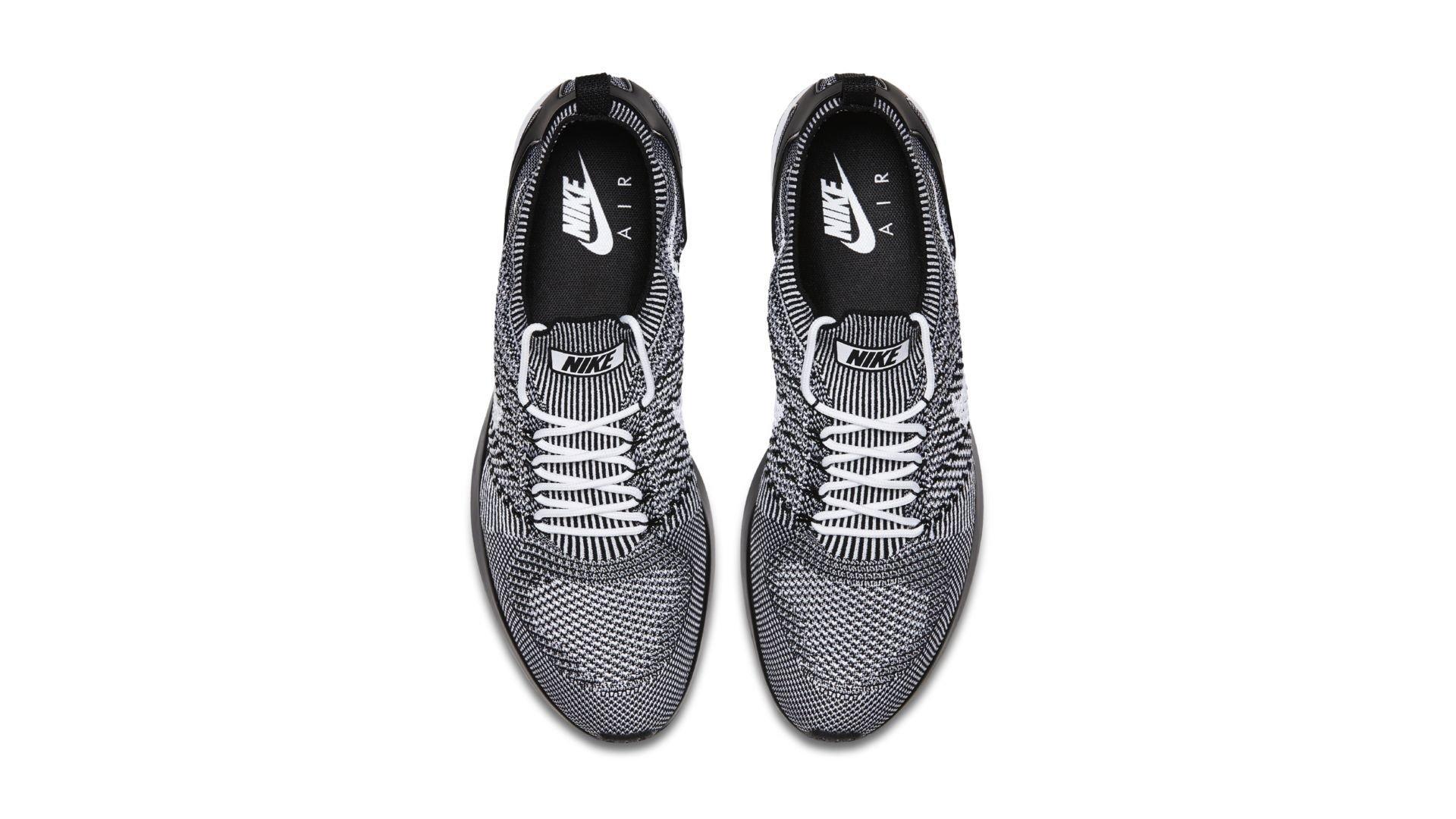 Nike Mariah Flyknit Racer Oreo (918264-102)