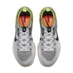 Sneaker 924423-107