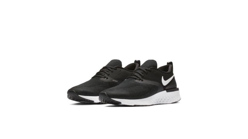 Nike Odyssey React 2 Flyknit Black White