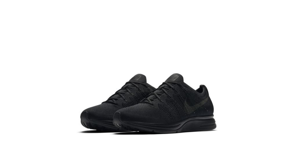 Flyknit Trainer Triple Black