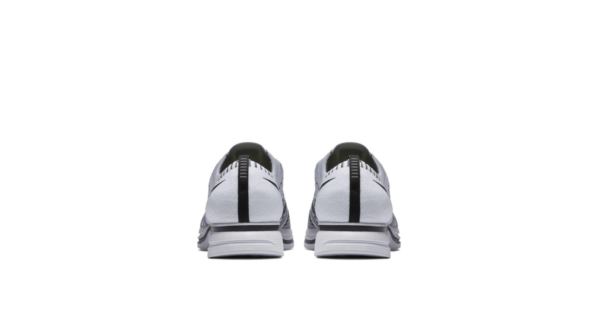 Nike Flyknit Trainer White Black (2017) (AH8396-100)