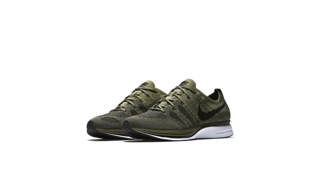 Flyknit Trainer Medium Olive