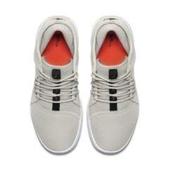 Sneaker AJ7312-020