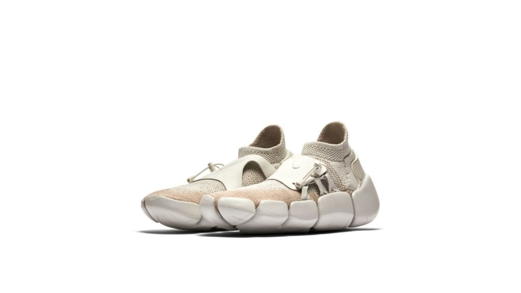 Nike Footscape Flyknit DM Light Bone