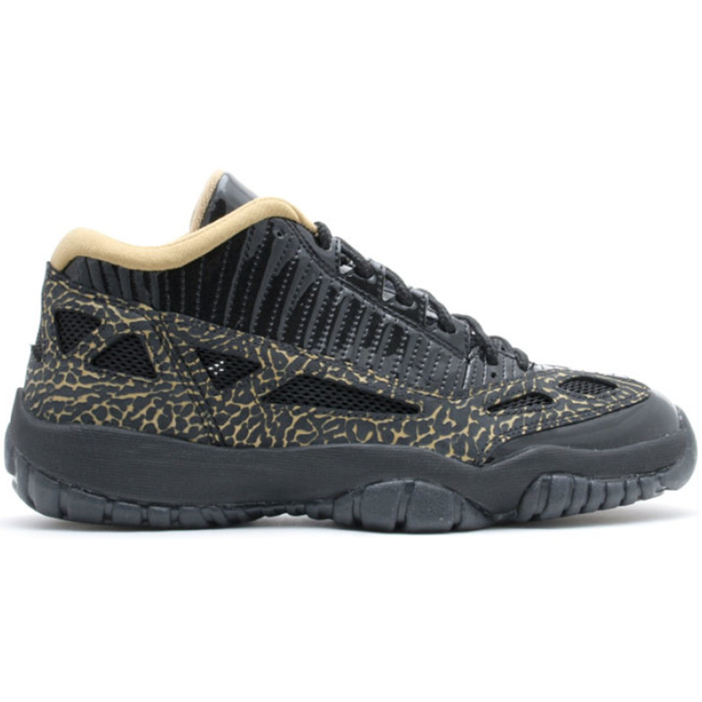 Jordan 11 Retro Low IE Black Metallic Gold (W)