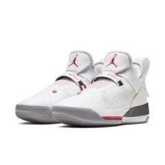 Air Jordan 33 CD9560-106