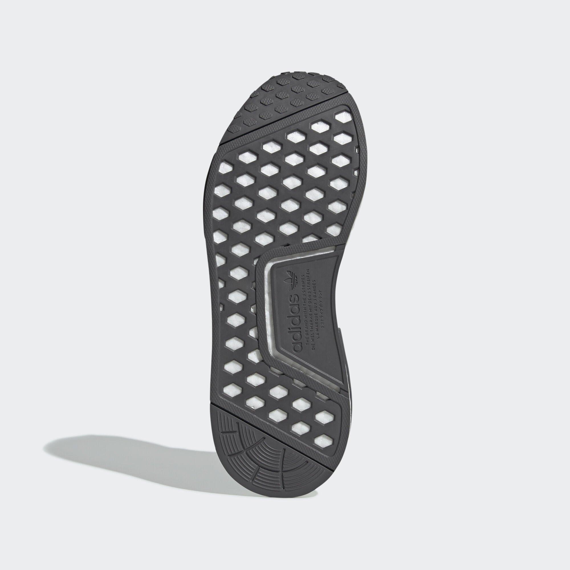 adidas  NMD R1 Primeknit Ash (EE3650)
