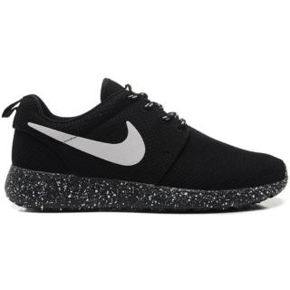 Nike Roshe Run Black White (Speckled Sole)